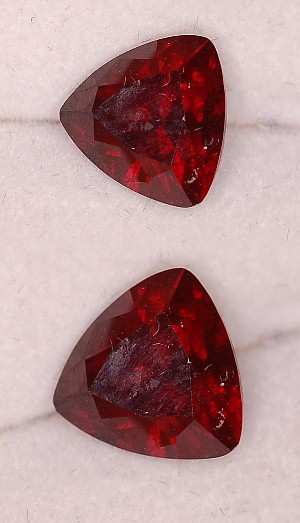 8 mm, Red Garnet-Raspberry-trillion
