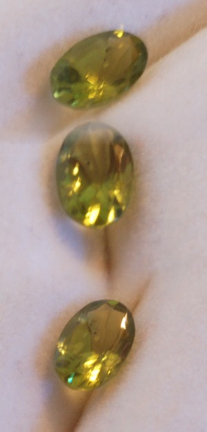 6.25x4.25mm, Peridot-oval