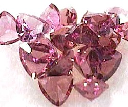 4 mm, Pink Garnet-trillion