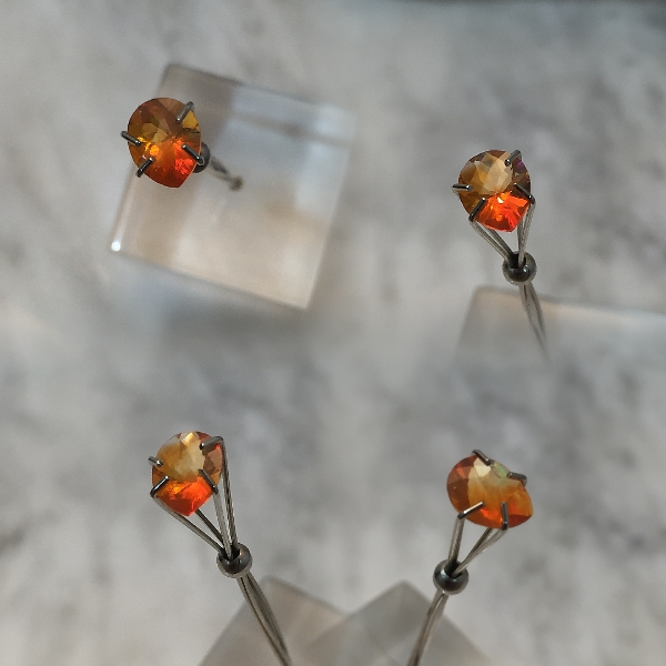 7x5.5mm, Mexican Orange Opal-Pear