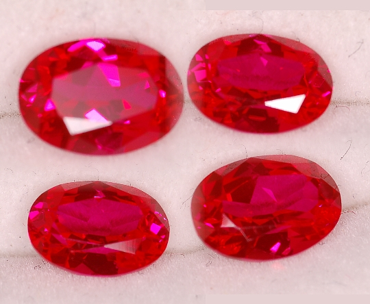 7x5mm, Rubies-Lab-oval