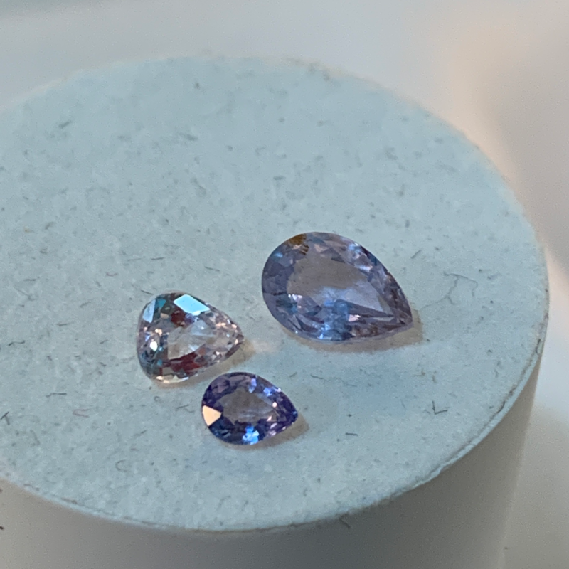 3 pcs of mixed sapphires - Pear Shaped