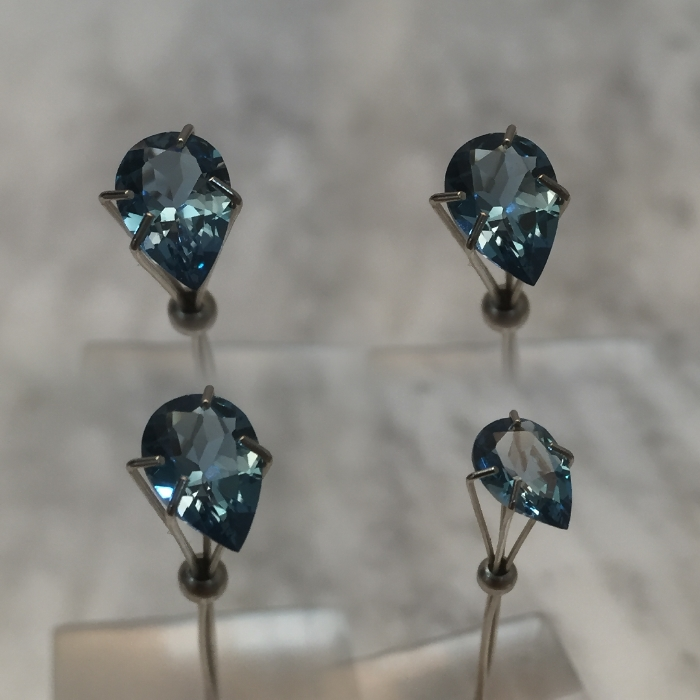 9x6mm, Swiss Blue Topaz-pear